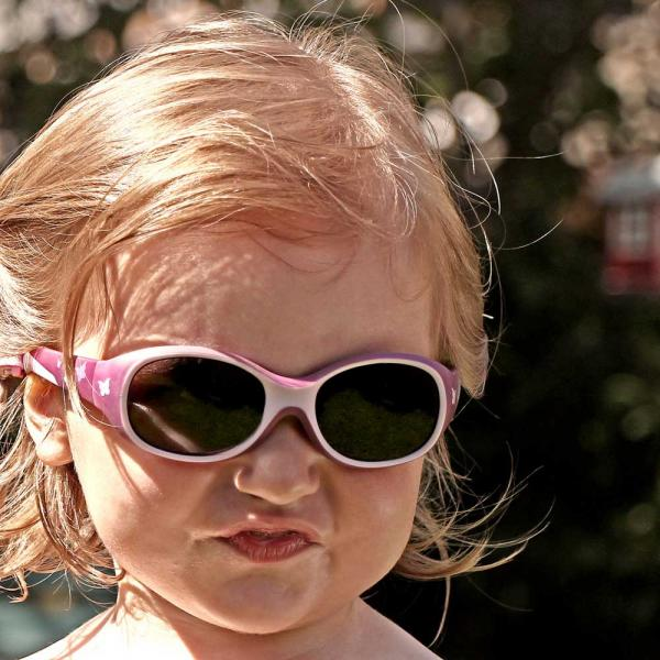 Πως να επιλέξετε παιδικά γυαλιά ηλίου