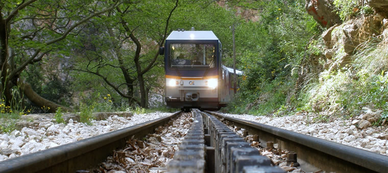 Οδοντωτός Σιδηρόδρομος Καλαβρύτων | www.lightgear.gr