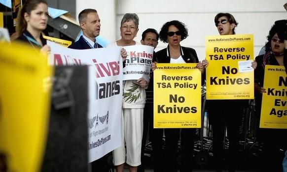Διαμαρτυρία εργαζομένων για την πλήρη απαγόρευση όλων των μαχαιριών στα αεροπλάνα | www.lightgear.gr