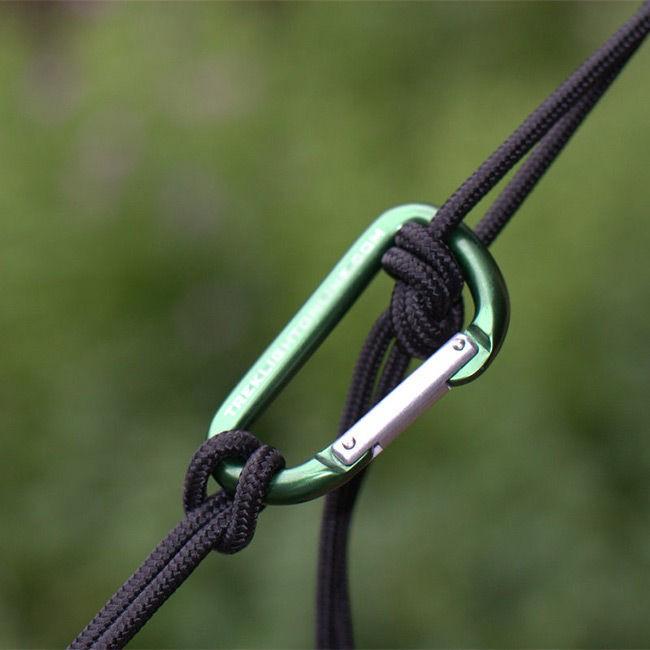 Χρήση carabiner για στερέωση αιώρας | www.lightgear.gr