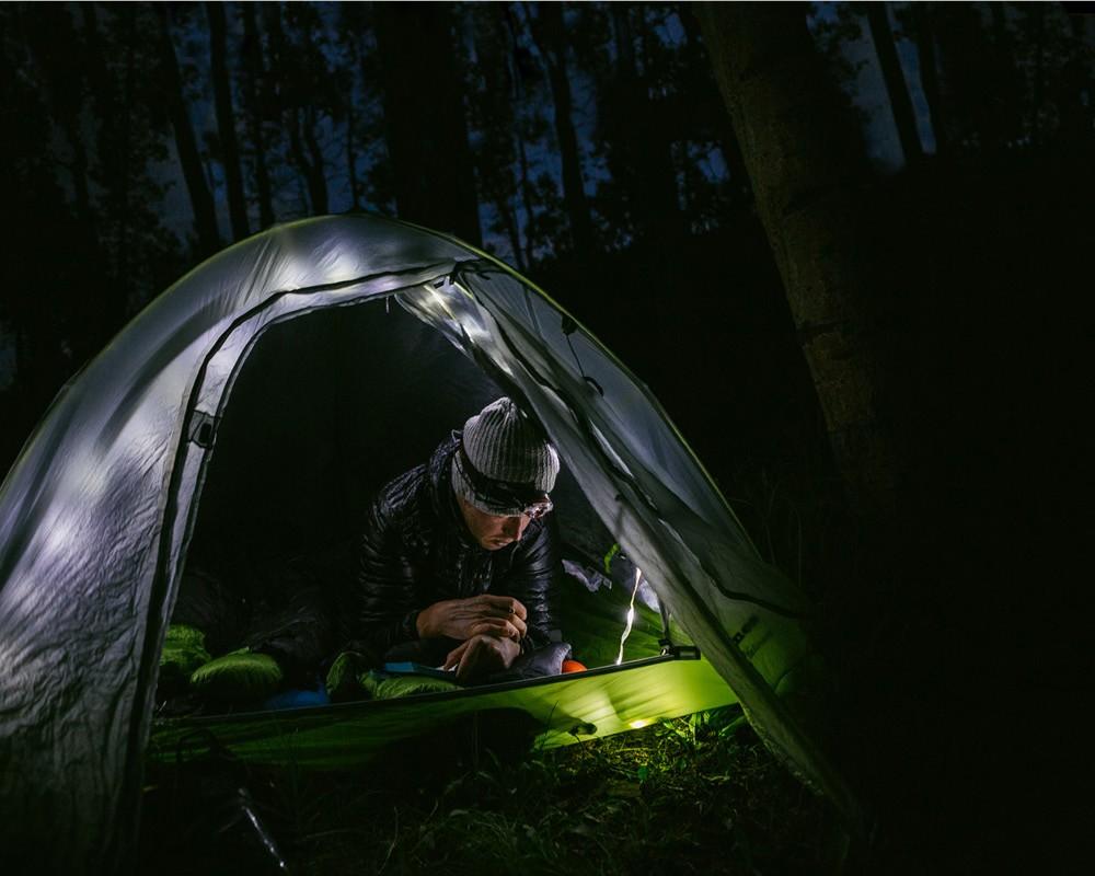 Έχετε ένα φακό δίπλα σας | www.lightgear.gr